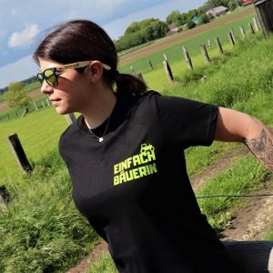 Einfach Bäuerin Shirt in schwarz grün